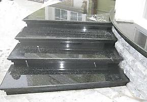 Ступени SN_13 черный камень Габбро Буки