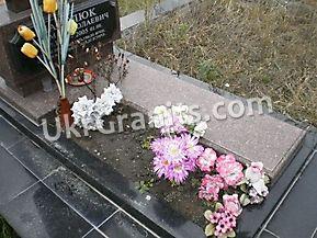 Надгробие ND_18