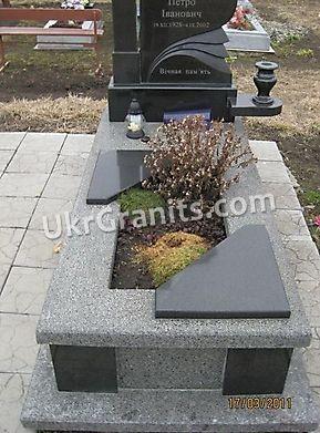Надгробие ND_45